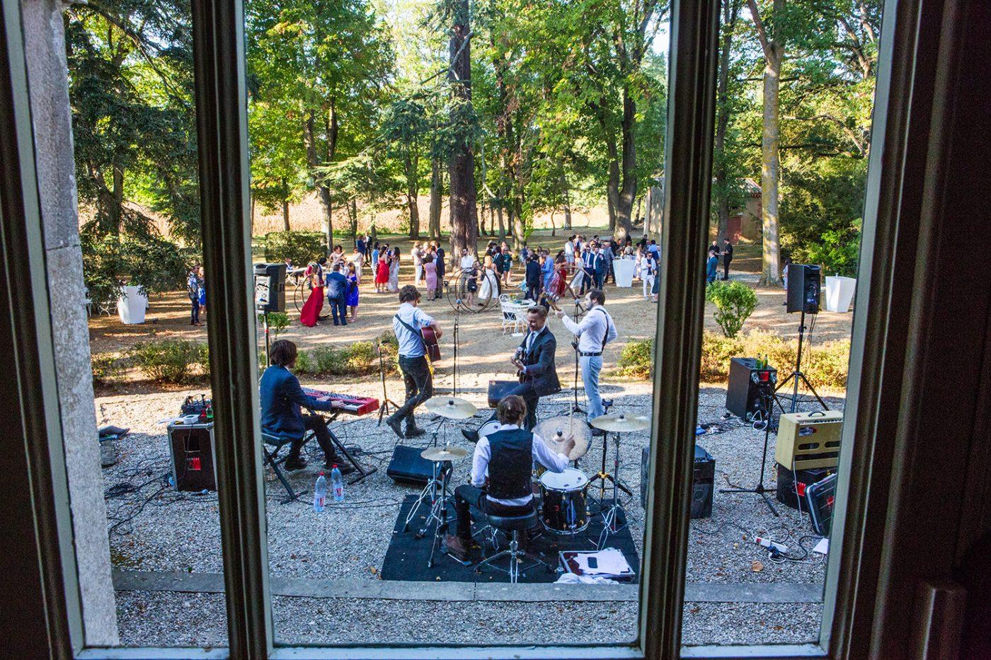 Concert lors du vin d'honneur / Rock band during the wine of honor