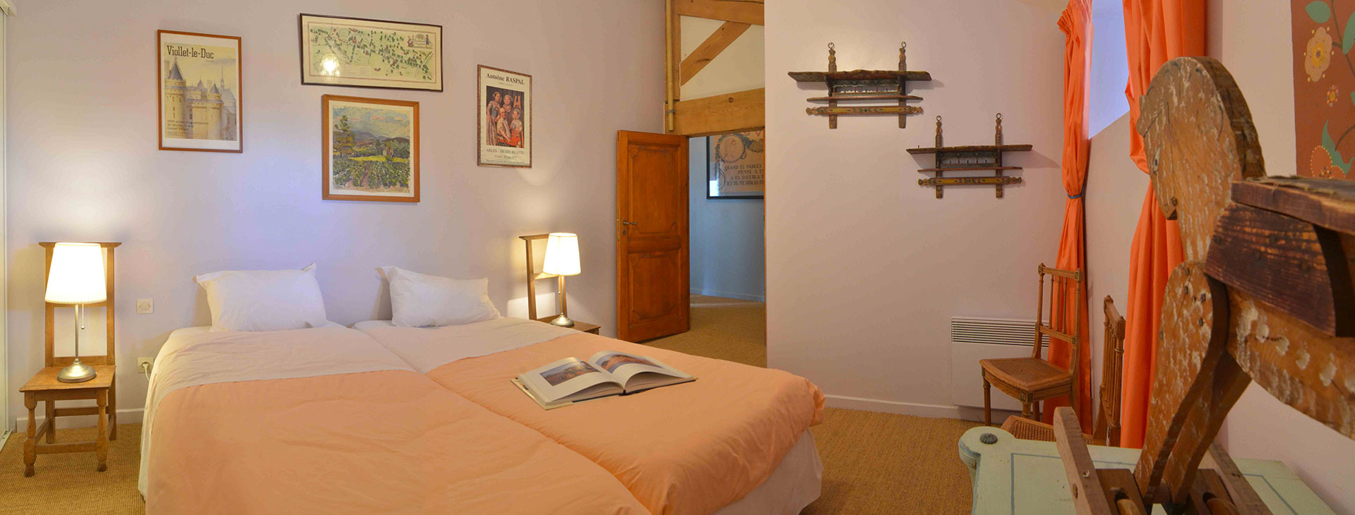 Chambre Shaker / Shaker bedroom