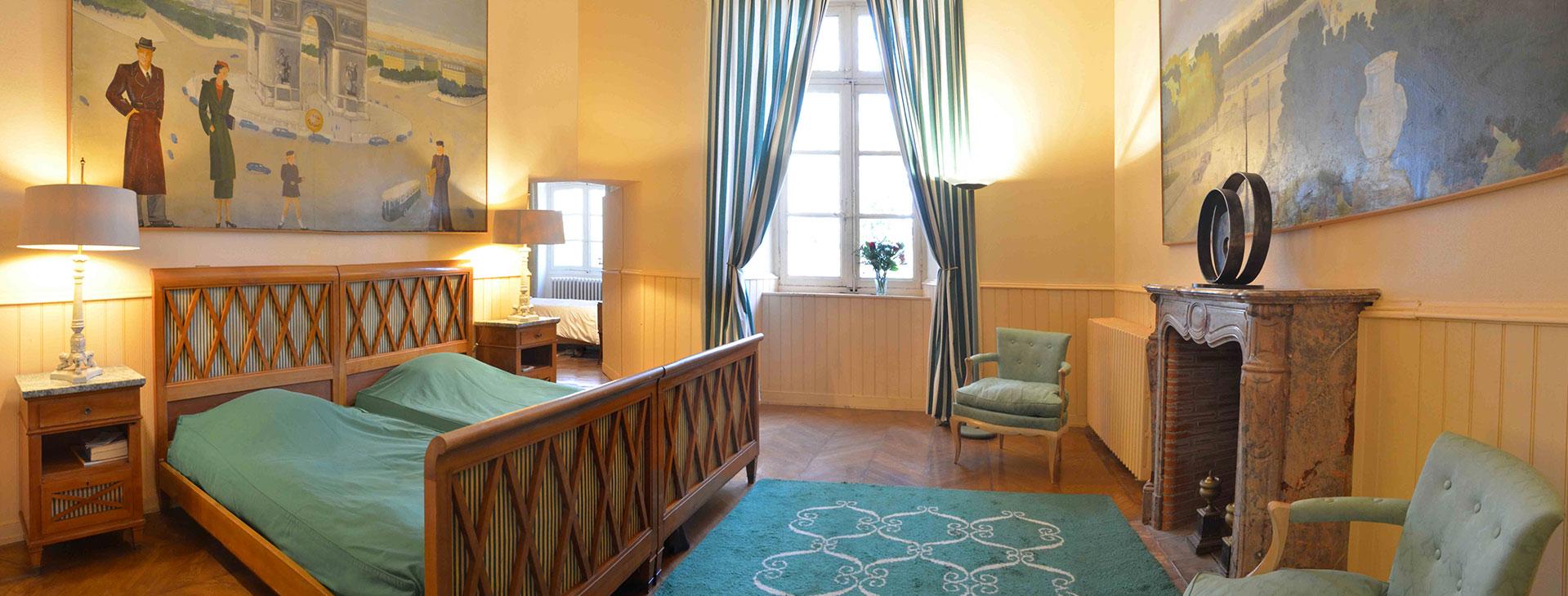 Chambre parisienne / Parisian bedroom
