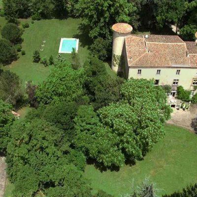 Vue aérienne Chateau La Commanderie / Aerial view Chateau La Commanderie