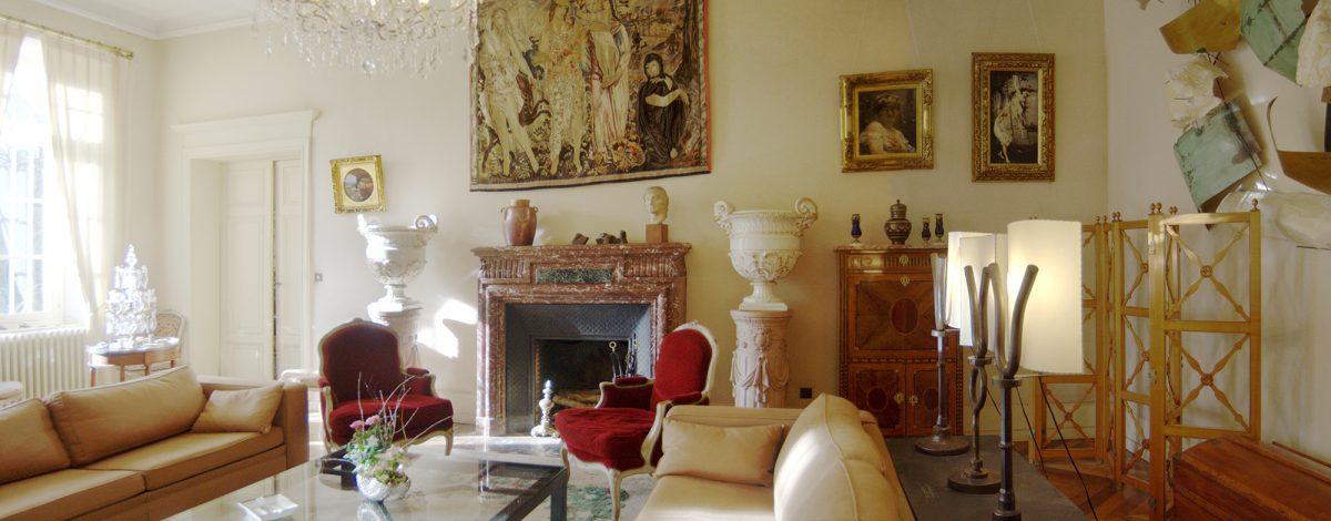 Salon Rose pour les événementiels / Pink living room available for events